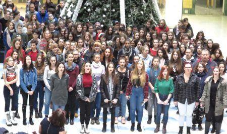 Karácsonyi flashmob 2018